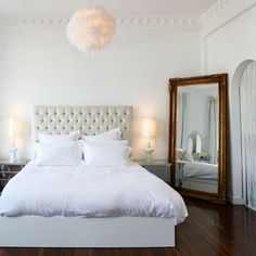 Keep it simple. Using white sheets can open up a room while making it feel fresh and sexy. ;)) #MorningsWithMoll