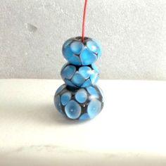 Bead trio Bobs Flame Beads handmade lampwork 2 earring 1 focal aqua over black 3 #BobsFlameBeads #Lampwork