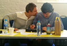 Martin, where is your hand!??! Not into shipping but... huh?! CUTENESS <3