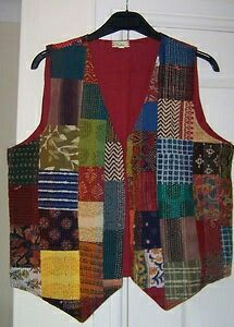 Patchwork patchwork vest models - Sewing, Stitch lecture, Sewing lessons, Stitch videos, Learning to Hexagon Patchwork, Patchwork Bags, Diy Clothes, Clothes For Women, Diy Kleidung, Moda Boho, Vest Pattern, Indian Designer Outfits, Quilted Jacket
