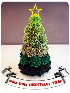 how brilliant is this? why not use Robin DK from www.the-stitchery.co.uk   Pom Pom Christmas Tree DIY: