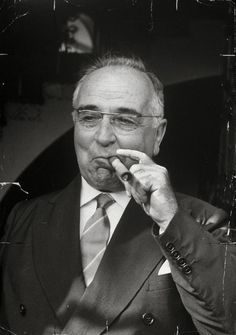 Getulio Vargas becomes President of Brazil in 31 January 1951.