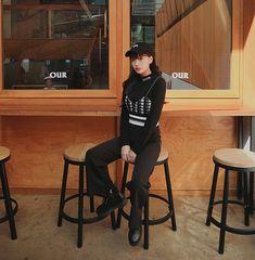 All Black Fashion, Korean Style, Korean Fashion, Bike, Clothes, Korea Style, K Fashion, Bicycle, Outfit