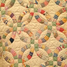 Old quilt at Round Top-Double Wedding Ring pattern this is my all time favorite