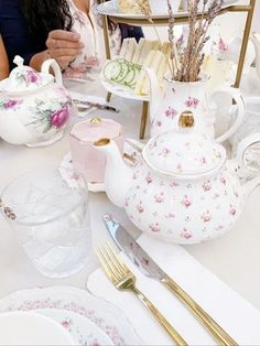 tea party baby shower ideas #teaparty #teapartybabyshower Tea Party Baby Shower, New Baby Girls, First Baby, Hello Gorgeous, Girl Shower, Baby Birthday, Shower Ideas, New Baby Products, Tea Pots