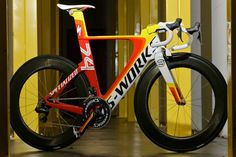 Specialized shiv tri bike