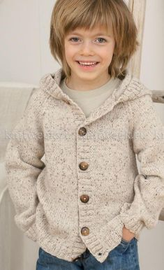 Knitting Outfit For Babies 30 Super Ideas Knitting Patterns Boys, Knitting For Kids, Diy Crafts Knitting, Knitted Baby Cardigan, Cardigan Outfits, Boys Sweaters, Girl With Hat, Crochet Baby, Knitwear