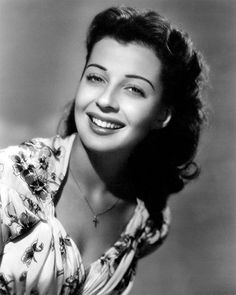 gail russell measurements