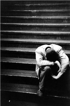 Qué mares, qué amaneceres, te devolverán a la vida, ahora que todo se ha acabado? Saul Leiter. Untitled, 1950