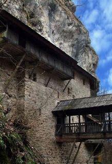 Српски манастири: Црна река