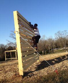 diy pallet climbing wall.