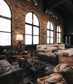 Living and sitting room idea // loft // exposed brick walls