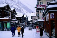 Village of Zermatt, Switzerland  Main street in montain village of Zermatt, Swiss Alps.      Glenn van der Knijff Lonely Planet Photographer  © Copyright Lonely Planet Images 2011