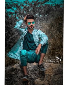 Image may contain: 1 person, outdoor Blur Background Photography, Studio Background Images, Dslr Background Images, Photo Poses For Boy, Best Photo Poses, Boy Poses, Best Free Lightroom Presets, Photoshop Presets, Photography Poses For Men