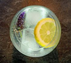 lavender-and-lemon-gin-and-tonic