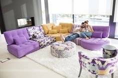 Arianne Love Fama Sofas Home Pixels