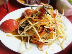 Papaya spicy slad or  Somtam