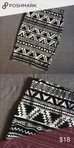 Aztec pencil skirt Very cute fit Material Girl Skirts Pencil