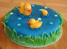 Duck Pond Cake cakepins.com