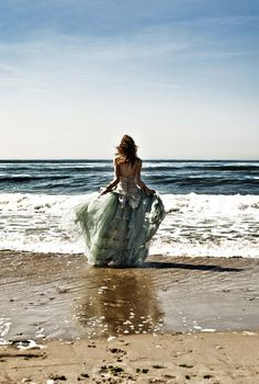 Ode to the Sea by Elizabeth Perrin, via Behance