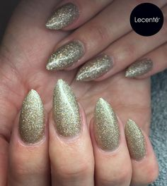 Dynamite Glitter - NEW to the #Lecenté Winter 2016 Collection launching on Monday 14th November  #lovelecente #lecenteglitter #glitternails #nailart #dynamite #fireworks #fireworkglitter #lecentefireworks #brownglitter #holographicnails #holographicglitter #sparklynails #winternails #christmasnails #christmasglitter