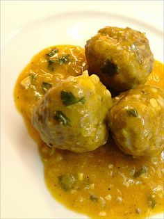 Albondigas Almendras, I made this before, it tasted great! Had trouble shaping the balls so it became meatloaf but still! Kosher Recipes, Pork Recipes, Cooking Recipes, Lebanese Recipes, Jewish Recipes, Spanish Dishes, Spanish Food, Authentic Mexican Recipes, Mexican Food Recipes