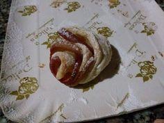 dolci di mele a forma di rosa