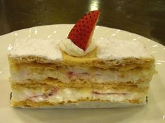 Typical French Dessert | Description Mille-feuille 01.jpg
