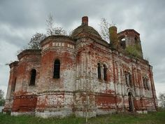 God-forsaken: Abandoned churches and cathedrals of Russia - 26 / St. Michael the Archangel Church. The village of Gorodkovo, Moscow Oblast