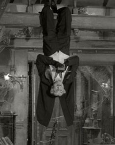 Grandpa Munster Hanging Out Munsters Tv Show, The Munsters, Munsters Grandpa, Munsters House, Vintage Horror, Vintage Tv, Cult Movies, Horror Movies, Old Tv Shows