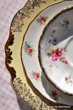 Alfred Clough Serving Plate Lovely Vintage Style Pottery, Porcelain & Glass goodcondition