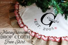 How gorgeous is this Monogrammed Drop Cloth Tree Skirt? What a special gift this would be for any family - love it! Christmas Projects, Holiday Crafts, Holiday Fun, Christmas Holidays, Christmas Wreaths, Christmas Decorations, Drop Cloth Projects, Diy Monogram, Vinyl Crafts