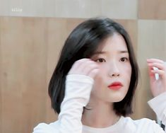 Find images and videos about gif, iu and palette on We Heart It - the app to get lost in what you love. Iu Short Hair, Iu Hair, Korean Short Hair, Korean Girl, Asian Girl, Short Hair Styles, Hair Gif, Korean Actresses, Girl Photo Poses