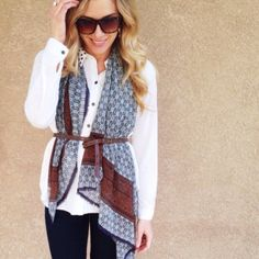 Loving Burberry Prorsom's scarf look but not the price tag? Make your own with this tutorial!