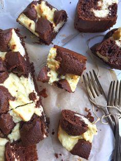 Félórás pihe-puha boci szelet sok túróval – levendula lány Winter Food, Cake Cookies, Tiramisu, Sweet Tooth, Vanilla, Muffin, Food And Drink, Baking, Drinks