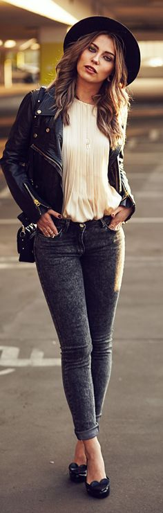 Black And White Sophisticated Casual Style