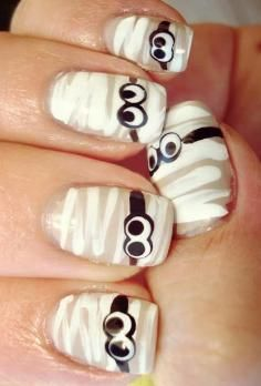 DIY halloween nails: DIY Halloween nail art / DIY Scary & Bloody Halloween Nail - Fereckels