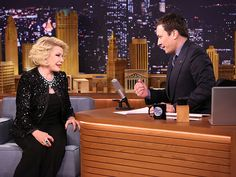 Joan Rivers's life in photos: In a bittersweet homecoming, Rivers returned to 'The Tonight Show' on Feb. 2014 (new host Jimmy Fallon's first night), 28 years after her famous feud and 49 years to the day of her first appearance on Johnny Carson's show. Late Night Talks, Late Night Show, Here's Johnny, Johnny Carson, Jimmy Fallon Snl, Queens Of Comedy, Craig Ferguson, Tonight Show, Famous Celebrities