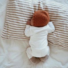 Sweet. Sleeping. Scrumptious. . Mum's Grapevine: Love parenting. www.mumsgrapevine.com.au . 📷 @dearestchildren