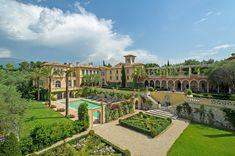 Villa Carmella in Cannes, France Villa France, French Villa, French Chateau, Mega Mansions, Mansions Homes, Saint Tropez, Italian Mansion, Provence, Monaco