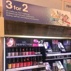 Ahh help me! Can't resist the Boots 3 for 2 I always go on for 1 thing and end up coming out with tons #bbloggers #3for2 #boots