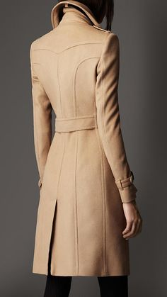 Burberry Leather Detail Wool Cashmere Coat in Beige (camel) - Lyst Fashion 2020, Look Fashion, Fashion Outfits, Fashion Coat, Burberry Coat, Coats For Women, Jackets For Women, Clothes For Women, Plus Size Athletic Wear