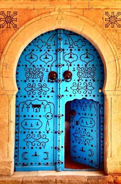 20 Out Of This World Magical Door Designs There are big doors and small doors. Wisdom is knowing which one to take, when. In Tunis, TunisiaThere are big doors and small doors. Wisdom is knowing which one to take, when. In Tunis, Tunisia Big Doors, Cool Doors, Small Doors, Unique Doors, Windows And Doors, Black Windows, Closed Doors, Front Doors, Entrance Doors