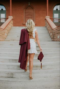 Graduation season is here and that means senior photos! Nursing Graduation Pictures, College Graduation Pictures, Graduation Picture Poses, Graduation Photoshoot, Grad Pics, Graduation Portraits, Graduation Pose, Graduation Outfits, Graduation Ideas