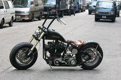 Harley Davidson Shovelhead › Harley-Davidson Shovelhead Custom Black Matte Bobber Style