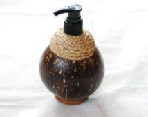 Handmade Coconut Shell Soap Dispenser Shampoo Conditioner Dispenser Shower Jell Dispenser