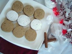 Deliciosa Video Receta de Navidad de Polvorones o mantecados de almendra caseros de Disfrutando de la Cocina - Cocina para disfrutar