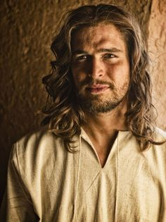 The Hollywood Reporter - Jesus in Film and TV: 13 Devilishly Handsome Actors Who've Played the Son of God