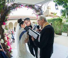 Tallit wrap found on Modern Jewish Wedding Blog | Miami Elegant Modern Jewish Wedding