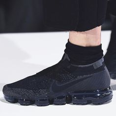 comme up @commedesgarcons @nike